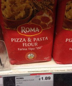 Roma's pizza and pasta flour is farina tipo 'OO'