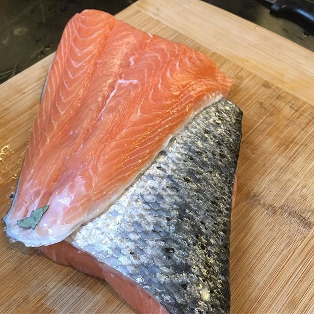 fresh salmon fillets are a good source of protein and contain zero carbs which makes them 100% compatible with a ketogenic diet