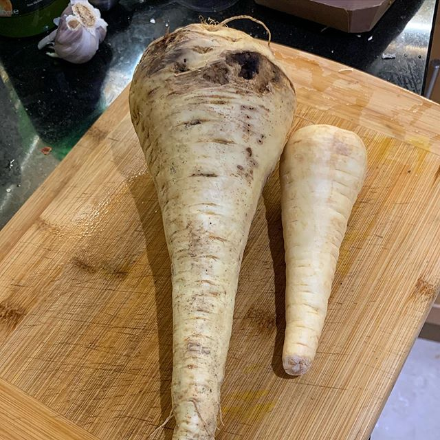 Not all parsnips are equal. The one on the right is shop bought, while the one on the left is from the local farmers' market #food #vegetables #cooking
